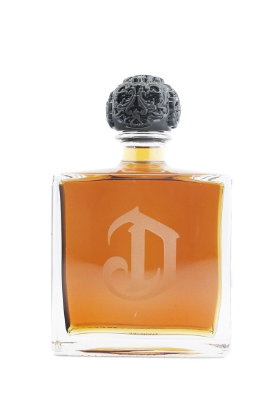 DeLeon Anejo Tequila With Flask